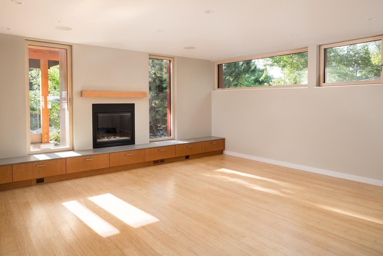 S.33rd-Livingroom1500