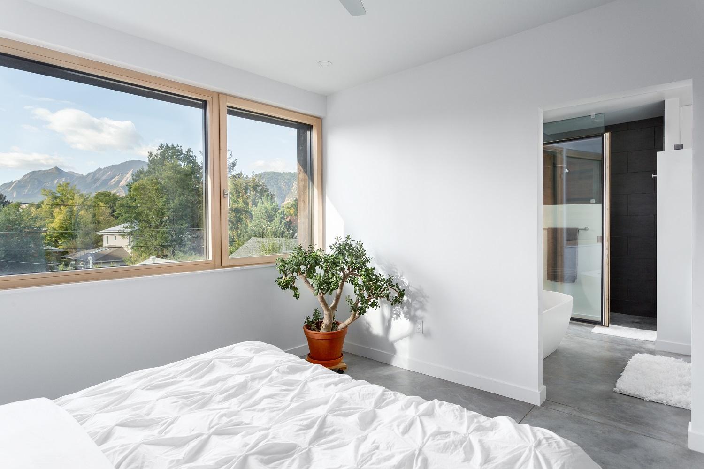 elder-master-bedroom-1-1500