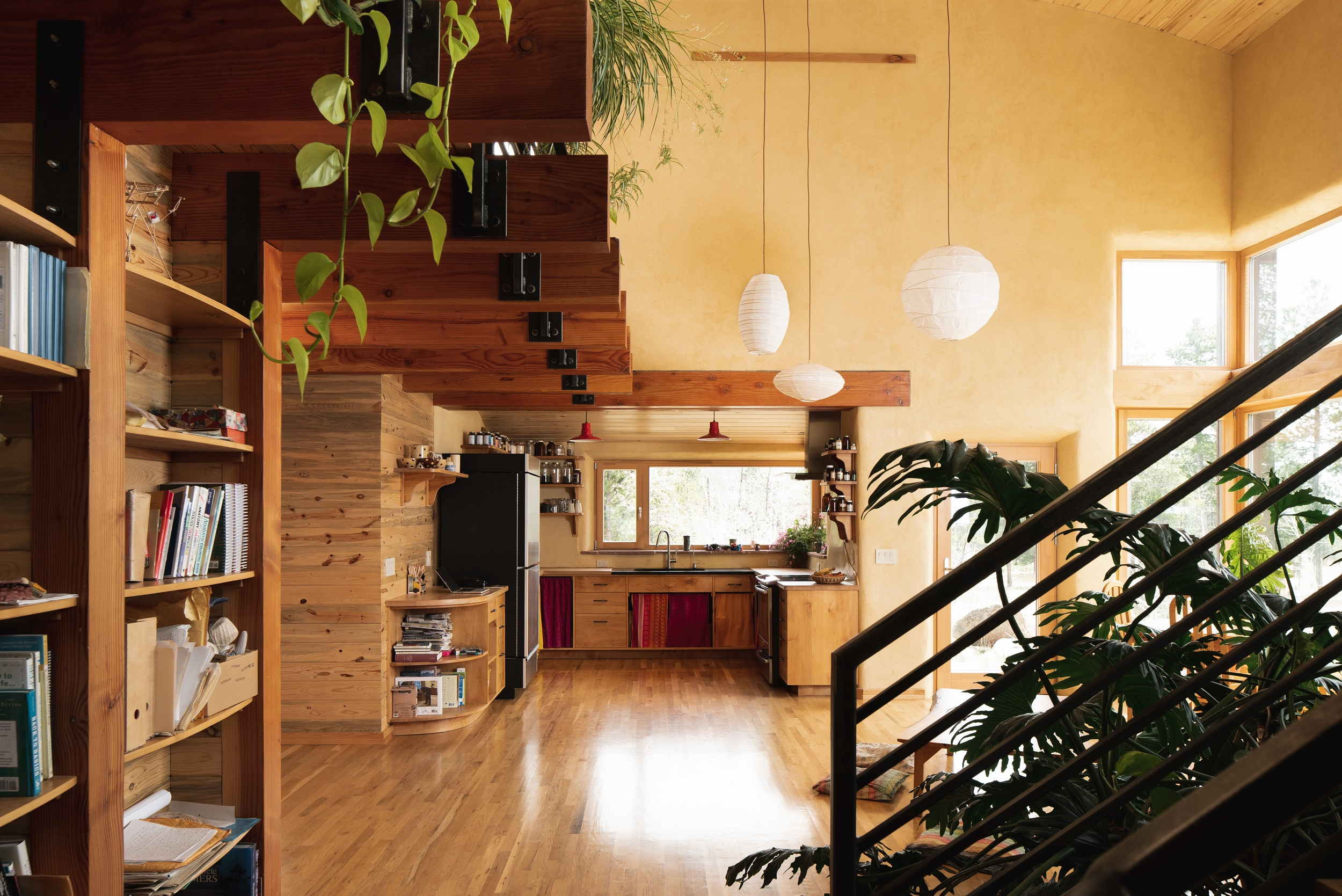 Magnolia-RD-Fuentes_Kitchen,hall,stairs.2500