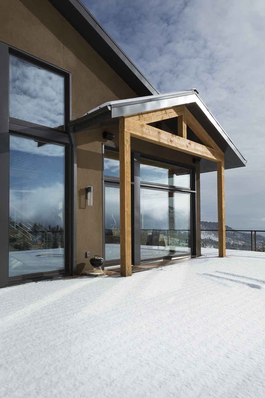 Sunshine Exterior Deck_1300