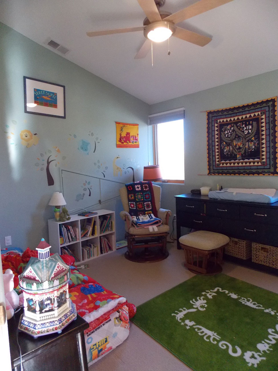 SOUTH-BOULDER-KIDS-ROOM-2-WEB-OPT